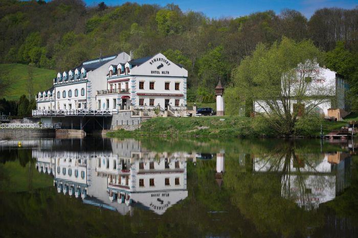 Tip na romantický víkend ve dvou? Navštivte hotel Mlýn Karlštejn!