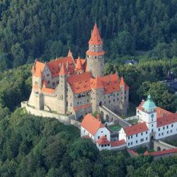hrad-bouzov-1