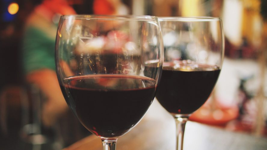 Šikovná žena ví, kde koupit kvalitní španělská vína