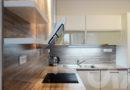 Proč kuchyně, vestavěné skříně a nábytek na míru? Trendy interiér na dosah ruky!