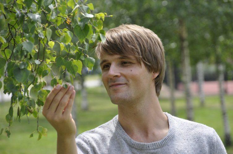 Hřejivé pánské svetry ocení muži při vykonávání různých koníčků