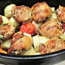 Kuřecí stehna na zelenině
