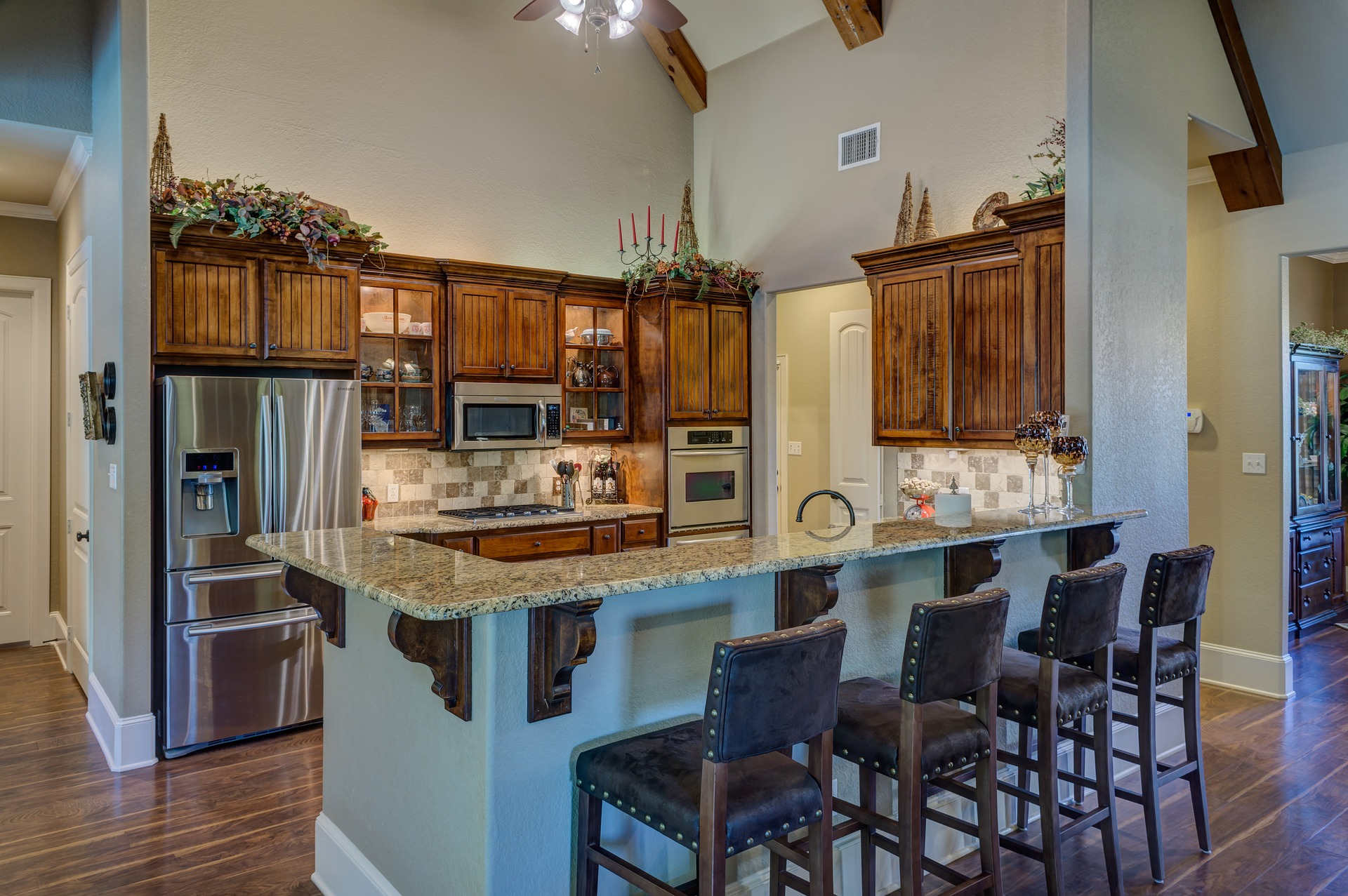 kitchen-interior-2046665_1920