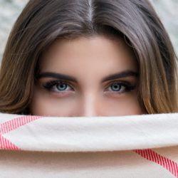 Úprava obočí: Pět rad jak ji zvládnout bez chyb
