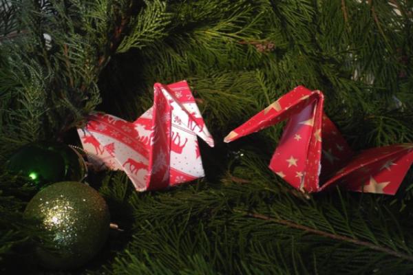 Nevíte, co dát svým blízkým k Vánocům? Vyřešte to dárkovým poukazem na jazykový kurz
